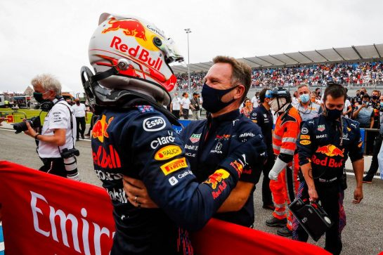 (L to R): Race winner Max Verstappen (NLD) Red Bull Racing celebrates with Christian Horner (GBR) Red Bull Racing Team Principal in parc ferme. 20.06.2021. Formula 1 World Championship, Rd 7, French Grand Prix, Paul Ricard, France, Race Day. - www.xpbimages.com, EMail: requests@xpbimages.com © Copyright: FIA Pool Image for Editorial Use Only