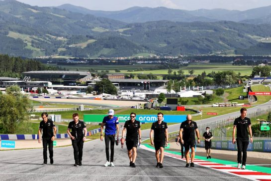 Esteban Ocon (FRA) Alpine F1 Team walks the circuit with the team. 24.06.2021. Formula 1 World Championship, Rd 8, Steiermark Grand Prix, Spielberg, Austria, Preparation Day. - www.xpbimages.com, EMail: requests@xpbimages.com © Copyright: Moy / XPB Images