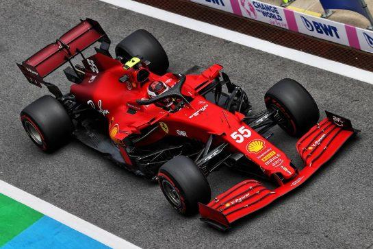 Carlos Sainz Jr (ESP) Ferrari SF-21. 25.06.2021. Formula 1 World Championship, Rd 8, Steiermark Grand Prix, Spielberg, Austria, Practice Day. - www.xpbimages.com, EMail: requests@xpbimages.com © Copyright: Moy / XPB Images