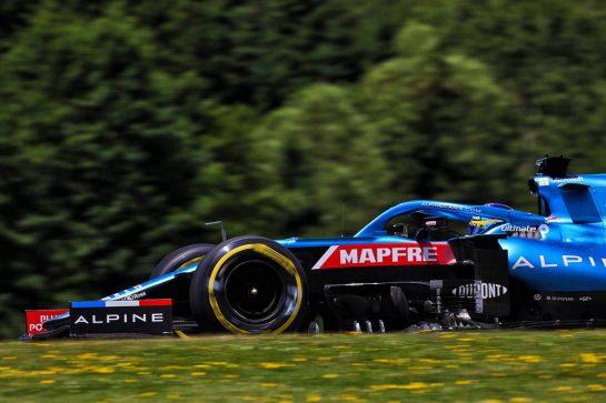Fernando Alonso (ESP) Alpine F1 Team A521. 26.06.2021. Formula 1 World Championship, Rd 8, Steiermark Grand Prix, Spielberg, Austria, Qualifying Day. - www.xpbimages.com, EMail: requests@xpbimages.com © Copyright: Batchelor / XPB Images