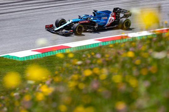Fernando Alonso (ESP), Alpine F1 Team 26.06.2021. Formula 1 World Championship, Rd 8, Steiermark Grand Prix, Spielberg, Austria, Qualifying Day.- www.xpbimages.com, EMail: requests@xpbimages.com © Copyright: Charniaux / XPB Images