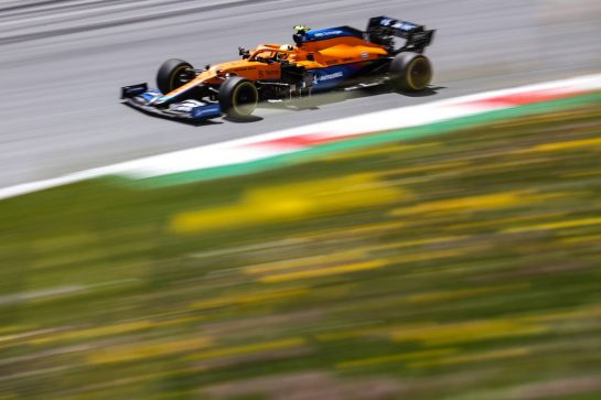 Lando Norris (GBR), McLaren F1 Team 26.06.2021. Formula 1 World Championship, Rd 8, Steiermark Grand Prix, Spielberg, Austria, Qualifying Day.- www.xpbimages.com, EMail: requests@xpbimages.com © Copyright: Charniaux / XPB Images