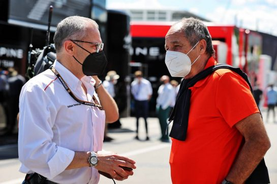 (L to R): Stefano Domenicali (ITA) Formula One President and CEO with Gerhard Berger (AUT). 26.06.2021. Formula 1 World Championship, Rd 8, Steiermark Grand Prix, Spielberg, Austria, Qualifying Day. - www.xpbimages.com, EMail: requests@xpbimages.com © Copyright: Moy / XPB Images