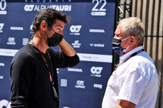(L to R): Mark Webber (AUS) Channel 4 Presenter with Dr Helmut Marko (AUT) Red Bull Motorsport Consultant. 26.06.2021. Formula 1 World Championship, Rd 8, Steiermark Grand Prix, Spielberg, Austria, Qualifying Day. - www.xpbimages.com, EMail: requests@xpbimages.com © Copyright: Moy / XPB Images
