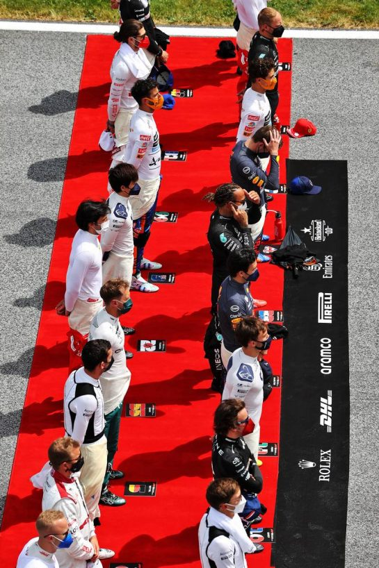 Drivers as the grid observes the national anthem. 27.06.2021. Formula 1 World Championship, Rd 8, Steiermark Grand Prix, Spielberg, Austria, Race Day. - www.xpbimages.com, EMail: requests@xpbimages.com © Copyright: Moy / XPB Images