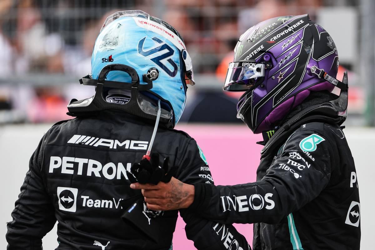 Valtteri Bottas (FIN), Mercedes AMG F1 and Lewis Hamilton (GBR), Mercedes AMG F1 27.06.2021. Formula 1 World Championship, Rd 8, Steiermark Grand Prix, Spielberg