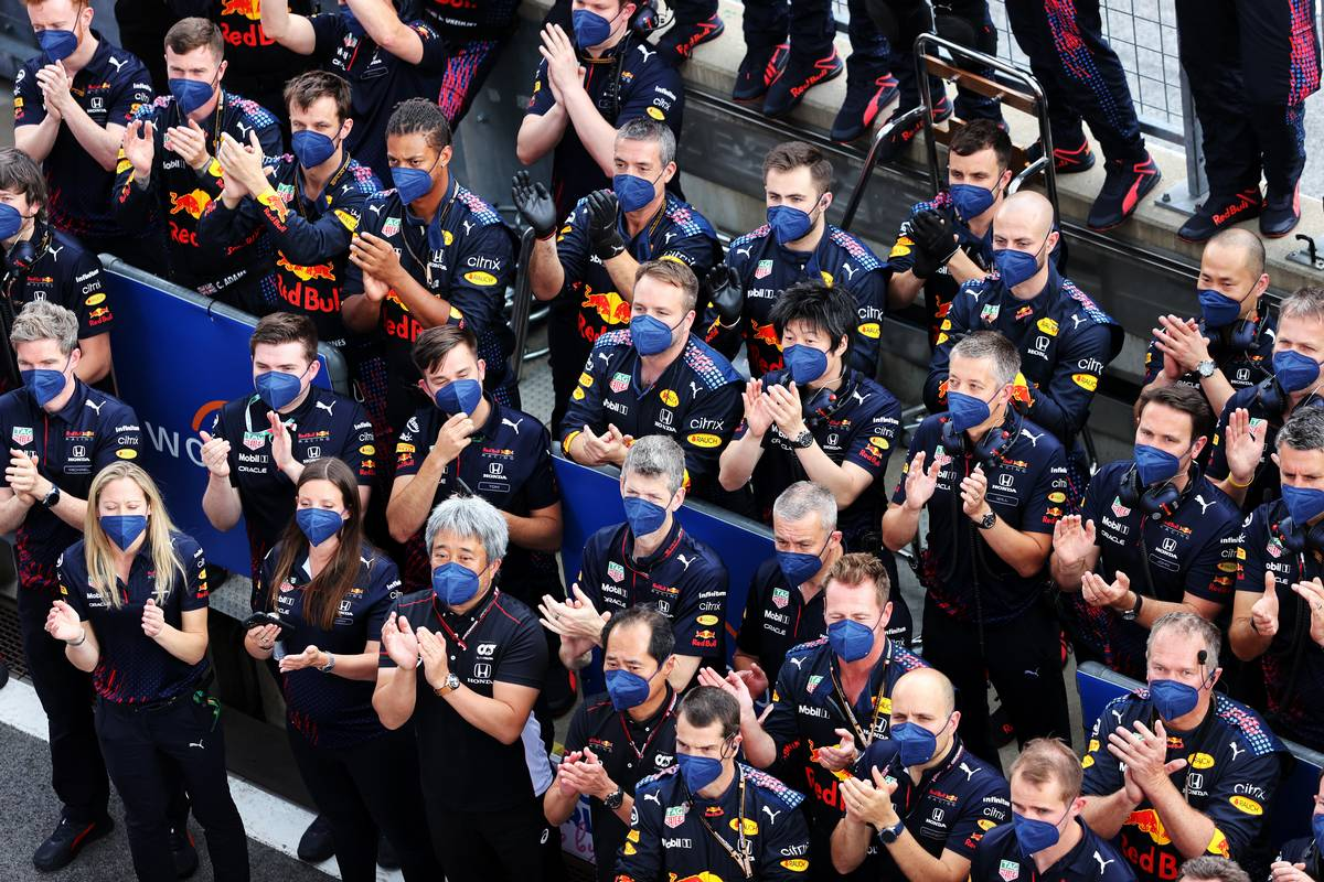 Red Bull Racing celebrate victory for Max Verstappen (NLD) Red Bull Racing. 27.06.2021. Formula 1 World Championship, Rd 8, Steiermark Grand Prix, Spielberg