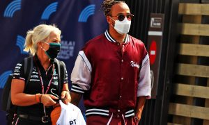 Hamilton wants 'a good night out' with F1's drivers after Covid