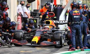 Brawn: Red Bull 'quite brave' to go for second stop while leading