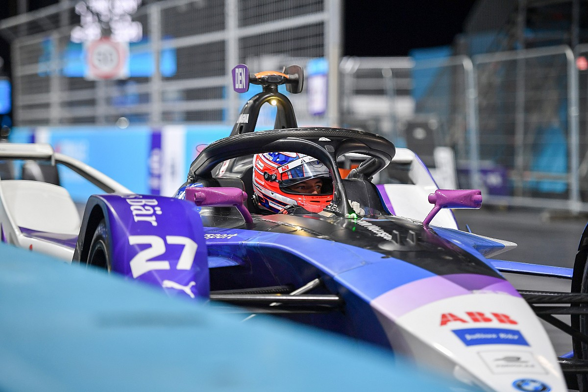 BMW Andretti's Jake Dennis clinches victory in the 2021 London E-Prix at the ExCel Centre. Saturday July 24 2021.
