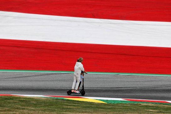 Circuit atmosphere. 01.07.2021. Formula 1 World Championship, Rd 9, Austrian Grand Prix, Spielberg, Austria, Preparation Day. - www.xpbimages.com, EMail: requests@xpbimages.com © Copyright: Moy / XPB Images