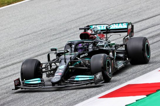 Lewis Hamilton (GBR) Mercedes AMG F1 W12. 02.07.2021. Formula 1 World Championship, Rd 9, Austrian Grand Prix, Spielberg, Austria, Practice Day. - www.xpbimages.com, EMail: requests@xpbimages.com © Copyright: Charniaux / XPB Images