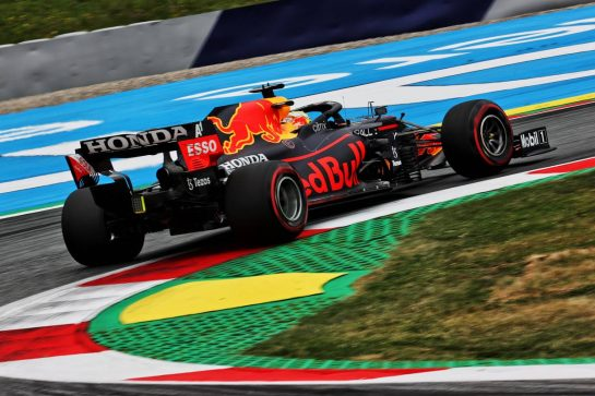 Max Verstappen (NLD) Red Bull Racing RB16B. 02.07.2021. Formula 1 World Championship, Rd 9, Austrian Grand Prix, Spielberg, Austria, Practice Day. - www.xpbimages.com, EMail: requests@xpbimages.com © Copyright: Batchelor / XPB Images