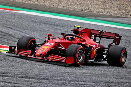Carlos Sainz Jr (ESP) Ferrari SF-21. 02.07.2021. Formula 1 World Championship, Rd 9, Austrian Grand Prix, Spielberg, Austria, Practice Day. - www.xpbimages.com, EMail: requests@xpbimages.com © Copyright: Batchelor / XPB Images