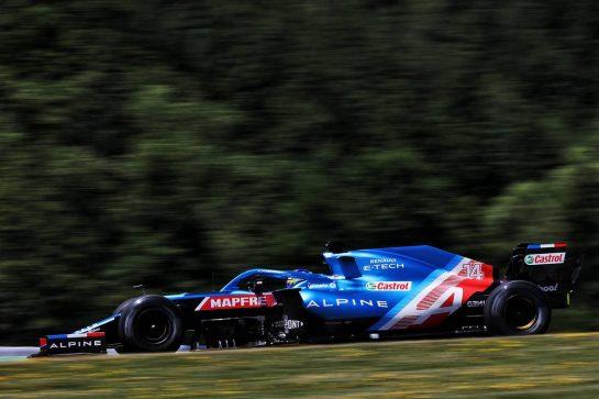 Fernando Alonso (ESP) Alpine F1 Team A521. 03.07.2021. Formula 1 World Championship, Rd 9, Austrian Grand Prix, Spielberg, Austria, Qualifying Day. - www.xpbimages.com, EMail: requests@xpbimages.com © Copyright: Batchelor / XPB Images