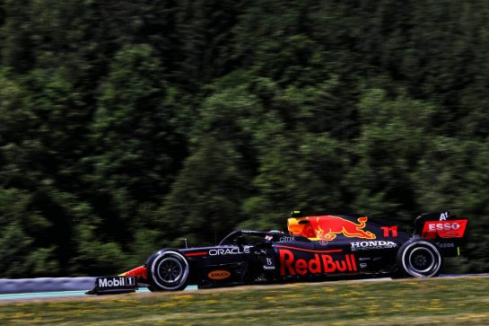 Sergio Perez (MEX) Red Bull Racing RB16B. 03.07.2021. Formula 1 World Championship, Rd 9, Austrian Grand Prix, Spielberg, Austria, Qualifying Day. - www.xpbimages.com, EMail: requests@xpbimages.com © Copyright: Batchelor / XPB Images