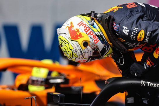 Max Verstappen (NLD), Red Bull Racing and Lando Norris (GBR), McLaren F1 Team 03.07.2021. Formula 1 World Championship, Rd 9, Austrian Grand Prix, Spielberg, Austria, Qualifying Day.- www.xpbimages.com, EMail: requests@xpbimages.com © Copyright: Charniaux / XPB Images