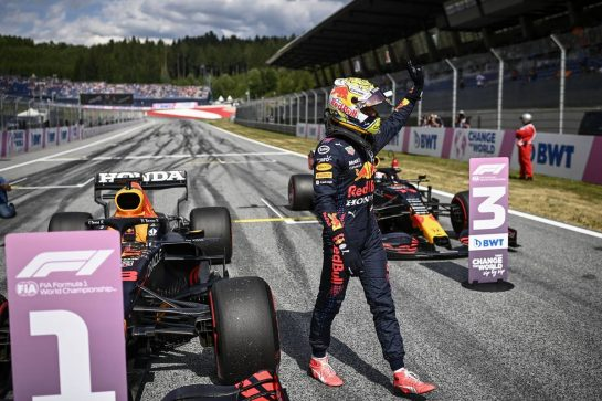 Pole sitter Max Verstappen (NLD) Red Bull Racing RB16B celebrates in qualifying parc ferme. 03.07.2021. Formula 1 World Championship, Rd 9, Austrian Grand Prix, Spielberg, Austria, Qualifying Day. - www.xpbimages.com, EMail: requests@xpbimages.com © Copyright: FIA Pool Image for Editorial Use Only