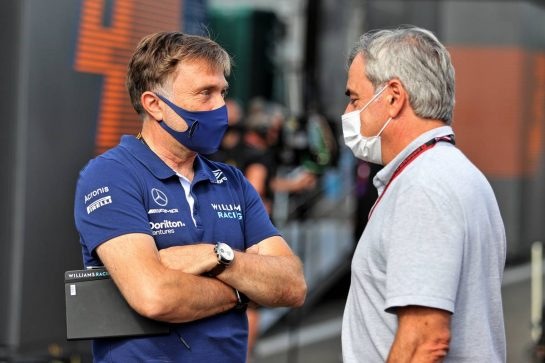 (L to R): Jost Capito (GER) Williams Racing Chief Executive Officer with Carlos Sainz (ESP). 03.07.2021. Formula 1 World Championship, Rd 9, Austrian Grand Prix, Spielberg, Austria, Qualifying Day. - www.xpbimages.com, EMail: requests@xpbimages.com © Copyright: Moy / XPB Images