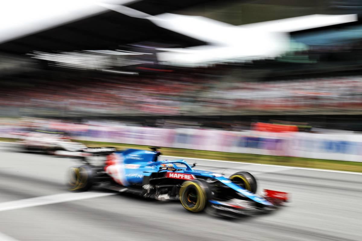 Fernando Alonso (ESP) Alpine F1 Team A521 at the start of the race. 04.07.2021. Formula 1 World Championship, Rd 9, Austrian Grand Prix, Spielberg