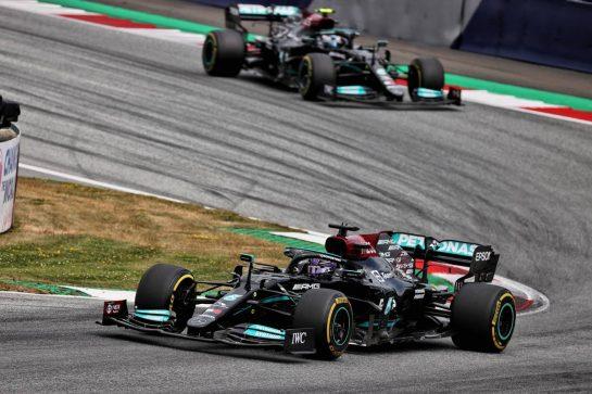 Lewis Hamilton (GBR) Mercedes AMG F1 W12. 04.07.2021. Formula 1 World Championship, Rd 9, Austrian Grand Prix, Spielberg, Austria, Race Day. - www.xpbimages.com, EMail: requests@xpbimages.com © Copyright: Batchelor / XPB Images