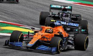 Norris appreciative of Hamilton's 'such a great driver' praise