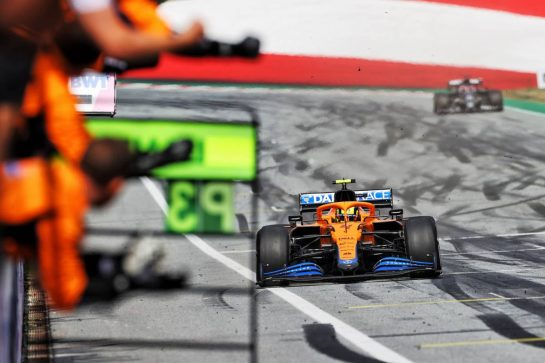 Third placed Lando Norris (GBR) McLaren MCL35M passes his team at the end of the race. 04.07.2021. Formula 1 World Championship, Rd 9, Austrian Grand Prix, Spielberg, Austria, Race Day. - www.xpbimages.com, EMail: requests@xpbimages.com © Copyright: Moy / XPB Images