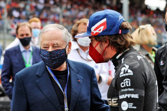 (L to R): Jean Todt (FRA) FIA President with Fernando Alonso (ESP) Alpine F1 Team on the grid. 04.07.2021. Formula 1 World Championship, Rd 9, Austrian Grand Prix, Spielberg, Austria, Race Day. - www.xpbimages.com, EMail: requests@xpbimages.com © Copyright: Moy / XPB Images