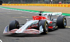 Formula 1 unveils new era archetype 2022 car!