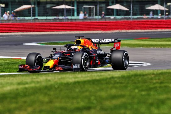 Max Verstappen (NLD) Red Bull Racing RB16B. 16.07.2021. Formula 1 World Championship, Rd 10, British Grand Prix, Silverstone, England, Practice Day.  - www.xpbimages.com, EMail: requests@xpbimages.com © Copyright: Davenport / XPB Images