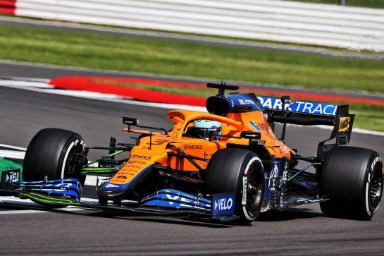 Daniel Ricciardo (AUS) McLaren MCL35M. 16.07.2021. Formula 1 World Championship, Rd 10, British Grand Prix, Silverstone, England, Practice Day. - www.xpbimages.com, EMail: requests@xpbimages.com © Copyright: Batchelor / XPB Images