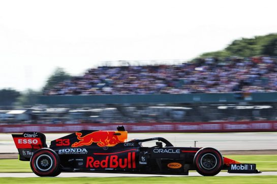 Max Verstappen (NLD) Red Bull Racing RB16B. 16.07.2021. Formula 1 World Championship, Rd 10, British Grand Prix, Silverstone, England, Practice Day. - www.xpbimages.com, EMail: requests@xpbimages.com © Copyright: Batchelor / XPB Images
