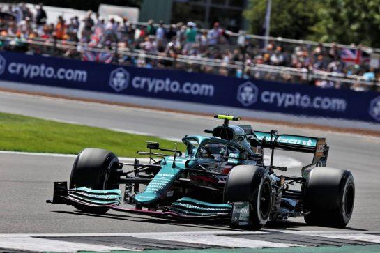 Sebastian Vettel (GER) Aston Martin F1 Team AMR21. 17.07.2021. Formula 1 World Championship, Rd 10, British Grand Prix, Silverstone, England, Qualifying Day. - www.xpbimages.com, EMail: requests@xpbimages.com © Copyright: Batchelor / XPB Images