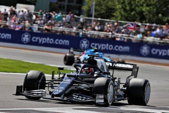 Yuki Tsunoda (JPN) AlphaTauri AT02. 17.07.2021. Formula 1 World Championship, Rd 10, British Grand Prix, Silverstone, England, Qualifying Day. - www.xpbimages.com, EMail: requests@xpbimages.com © Copyright: Batchelor / XPB Images