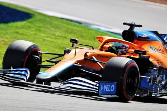 Daniel Ricciardo (AUS) McLaren MCL35M. 17.07.2021. Formula 1 World Championship, Rd 10, British Grand Prix, Silverstone, England, Qualifying Day. - www.xpbimages.com, EMail: requests@xpbimages.com © Copyright: Batchelor / XPB Images