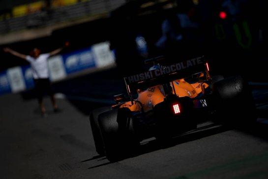 Daniel Ricciardo (AUS) McLaren MCL35M. 17.07.2021. Formula 1 World Championship, Rd 10, British Grand Prix, Silverstone, England, Qualifying Day. - www.xpbimages.com, EMail: requests@xpbimages.com © Copyright: Staley / XPB Images