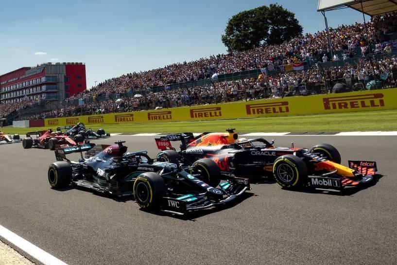 Rosberg chimes in on Verstappen/Hamilton clash