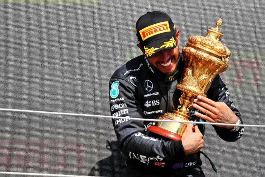 Race winner Lewis Hamilton (GBR) Mercedes AMG F1 celebrates on the podium. 18.07.2021. Formula 1 World Championship, Rd 10, British Grand Prix, Silverstone, England, Race Day. - www.xpbimages.com, EMail: requests@xpbimages.com © Copyright: Batchelor / XPB Images