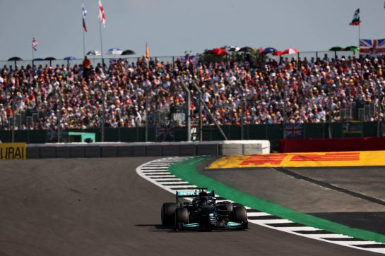 Lewis Hamilton (GBR) Mercedes AMG F1.18.07.2021. Formula 1 World Championship, Rd 10, British Grand Prix, Silverstone, England, Race Day.- www.xpbimages.com, EMail: requests@xpbimages.com © Copyright: Batchelor / XPB Images