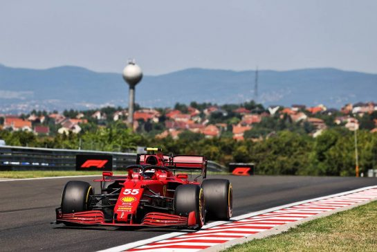Carlos Sainz Jr (ESP) Ferrari SF-21. 30.07.2021. Formula 1 World Championship, Rd 11, Hungarian Grand Prix, Budapest, Hungary, Practice Day. - www.xpbimages.com, EMail: requests@xpbimages.com © Copyright: Moy / XPB Images