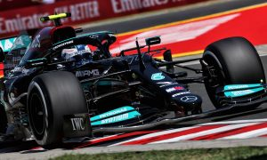 Bottas and Hamilton on top in Hungary second practice