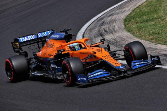 Daniel Ricciardo (AUS) McLaren MCL35M. 31.07.2021. Formula 1 World Championship, Rd 11, Hungarian Grand Prix, Budapest, Hungary, Qualifying Day. - www.xpbimages.com, EMail: requests@xpbimages.com © Copyright: Batchelor / XPB Images