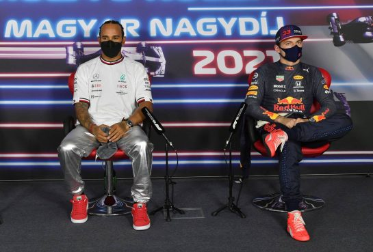 (L to R): Lewis Hamilton (GBR) Mercedes AMG F1 and Max Verstappen (NLD) Red Bull Racing in the post qualifying FIA Press Conference. 31.07.2021. Formula 1 World Championship, Rd 11, Hungarian Grand Prix, Budapest, Hungary, Qualifying Day. - www.xpbimages.com, EMail: requests@xpbimages.com © Copyright: FIA Pool Image for Editorial Use Only