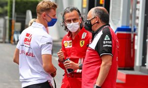 Vasseur: 'Far too early' to link Schumacher to Alfa for 2022