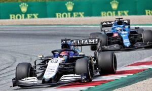Alonso doubts Alpine will wrestle regularly with Williams