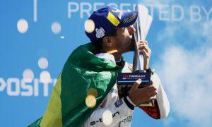 Di Grassi fends off Mortara to win Berlin E-Prix 1