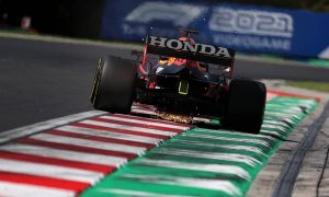 Mercedes suspect Honda engine curbed by FIA directive