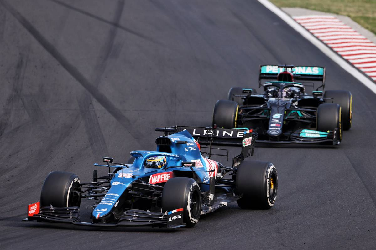 Alonso surprised not to have been passed sooner by Hamilton