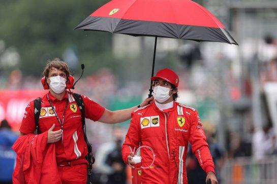 Carlos Sainz Jr (ESP) Ferrari. 01.08.2021. Formula 1 World Championship, Rd 11, Hungarian Grand Prix, Budapest, Hungary, Race Day. - www.xpbimages.com, EMail: requests@xpbimages.com © Copyright: Charniaux / XPB Images