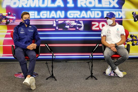 (L to R): George Russell (GBR) Williams Racing and Valtteri Bottas (FIN) Mercedes AMG F1 in the FIA Press Conference. 26.08.2021. Formula 1 World Championship, Rd 12, Belgian Grand Prix, Spa Francorchamps, Belgium, Preparation Day. - www.xpbimages.com, EMail: requests@xpbimages.com © Copyright: Charniaux / XPB Images
